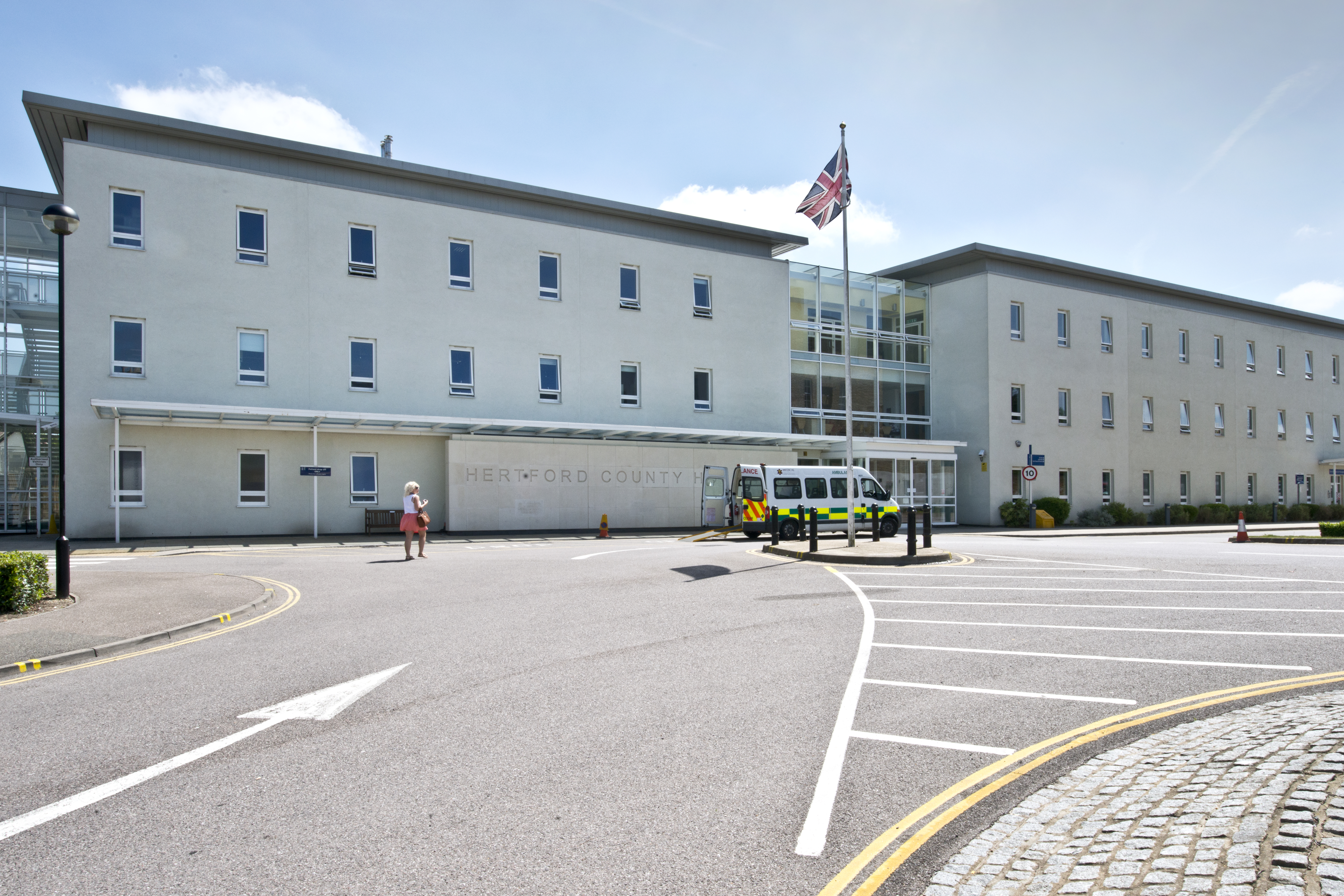 Hertford County Hospital East And North Hertfordshire Nhs Trust
